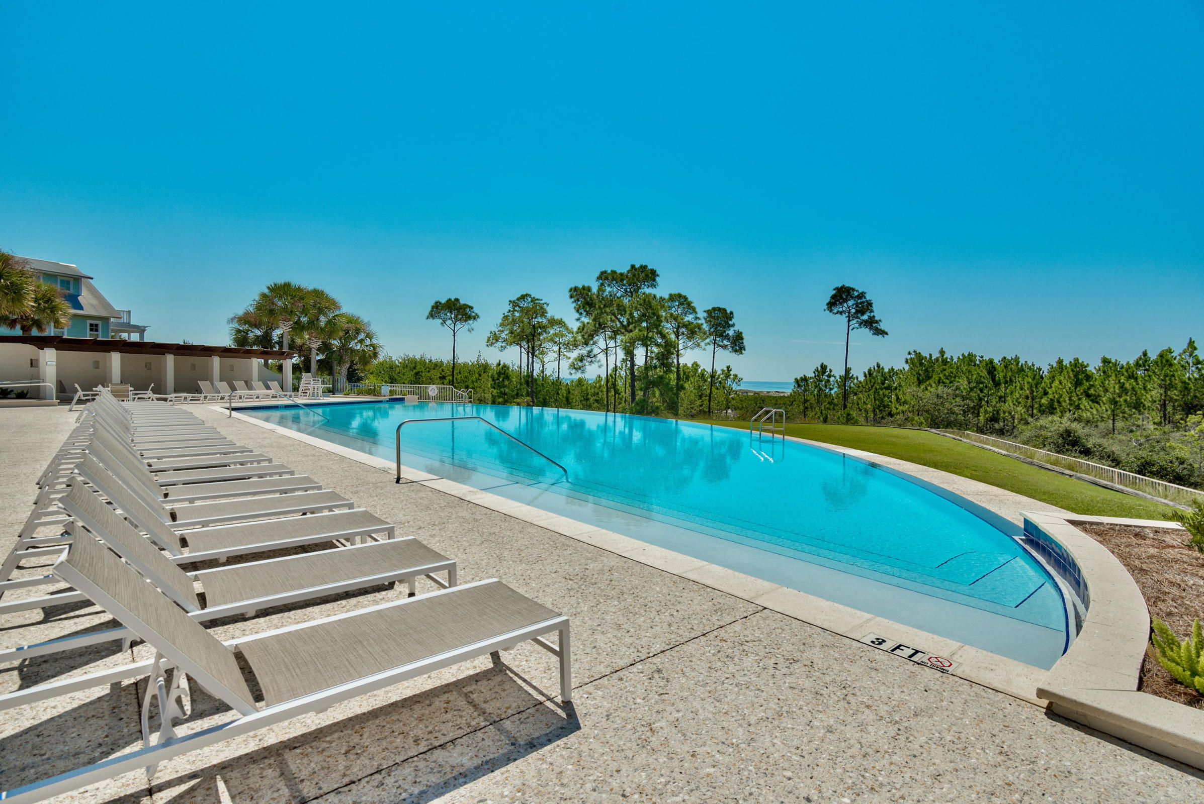 Pool with glimpse of Gulf