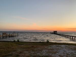 1374 Sunset Beach Drive, Niceville, FL 32578