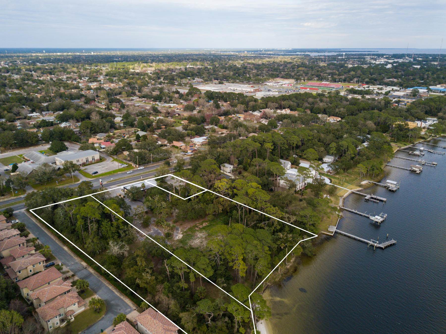 757 E Miracle Strip Parkway, Mary Esther, FL 32569