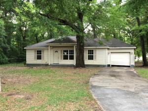 569 Third Avenue, Holt, FL 32564