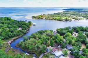 Own your piece of paradise-Mack Bayou leading to Chotawhatchee Bay!