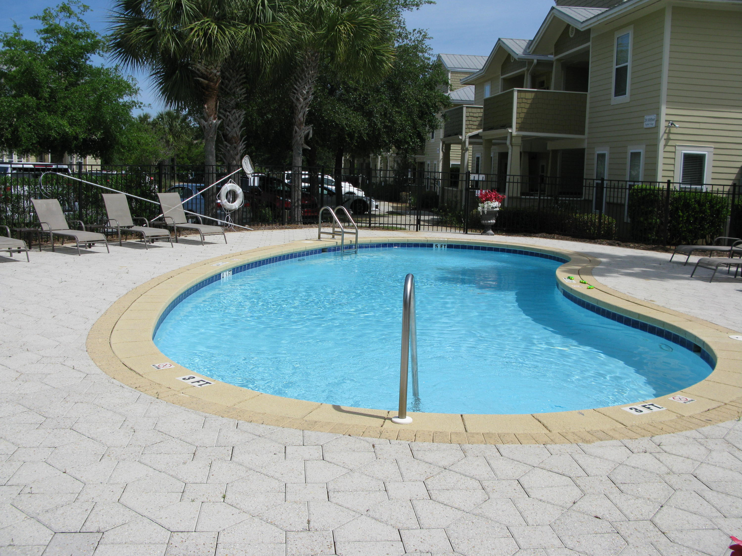 GORGEOUS FIRST FLOOR UNIT. TOTALLY REMODELED IN 2017. QUARTZ COUNTERTOPS, NEW APPLIANCES INCLUDING REFRIDGERATOR, STOVE, DISHWASHER, MICROWAVE AND WASHER AND DRYER. WALK IN SHOWER IN THE MASTER BATH. NEW CENTRAL AIR IN 2018. NEW TILE FLOORING. . THIS UNIT IS READY FOR YOU TO MOVE IN.NEST DOOR TO THE POOL ENJOY THE FRESH AIR ON YOUR GATED BALCONY..