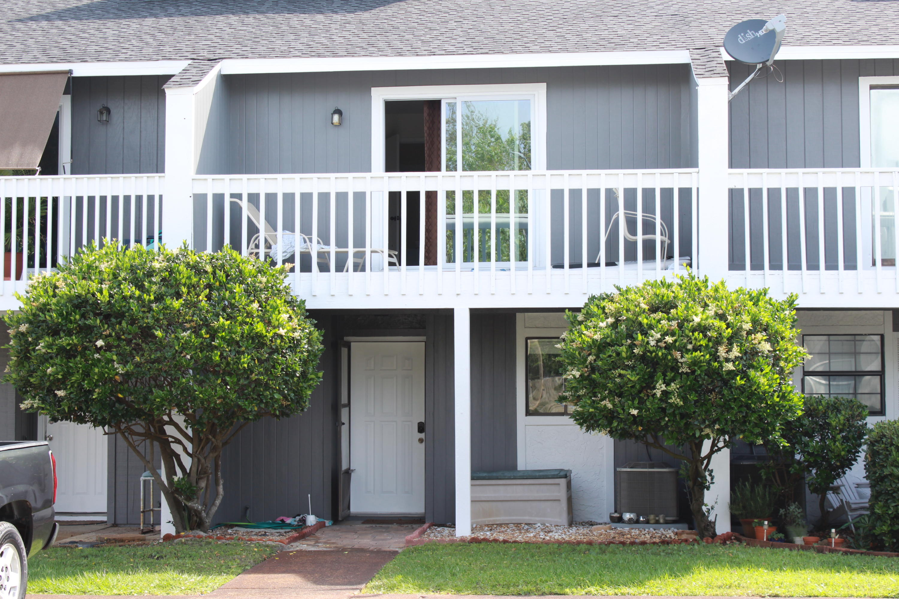 This spacious 2 bed, 2.5 bath townhome is located in central Destin with easy access to shopping, restaurants, & beaches!  Quality updates include Hardi-board siding, new HVAC (2018), updated kitchen cabinets, updated plumbing, engineered hardwood flooring upstairs, new roof, and additional storage out back! The living area features easy maintenance tile floors with a corner fireplace, a large breakfast bar, & additional space that could be a great dining area, office, or play area for kids!  Upstairs are two large bedrooms with their own bathrooms & a large balcony! The entire complex has recently received a facelift with new exterior paint, new roofs, and resurfaced pool! Move in & customize to your liking knowing the major expenses are done for you already!