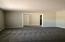 New carpet, fresh paint, no popcorn ceilings