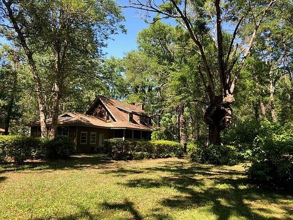 98 Sherman Drive, Ponce De Leon, FL 32455