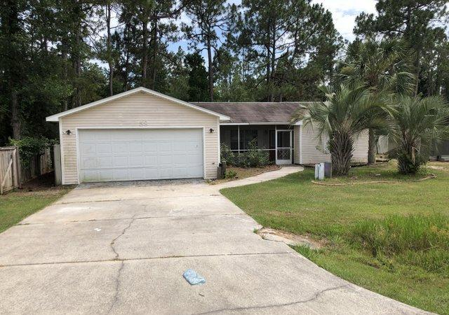 REO.  Awesome Opportunity in popular Old Town Santa Rosa... 3 Bd / 2 Ba home offers a spacious open floor plan with faulted ceiling, tile floors & granite kitchen counters.  Situated on over 1/2 acre offering plenty of privacy!