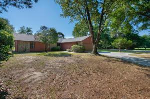 318 Sharon Drive, Niceville, FL 32578