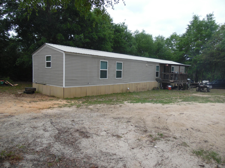 387 Juniper Lake Drive, Defuniak Springs, FL 32433