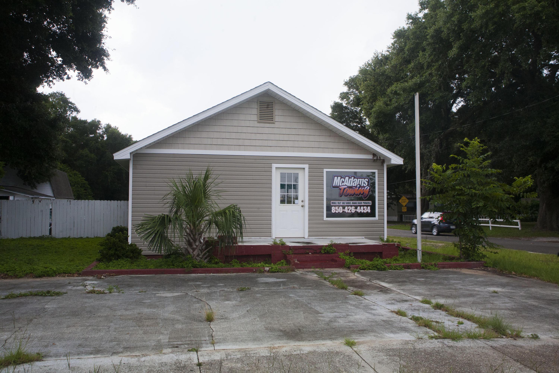 6650 Pine Forest Road, Pensacola, FL 32526