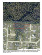 447 Oakdale Avenue, Mary Esther, FL 32569