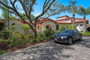 2530 E Bayshore Road, Gulf Breeze, FL 32563