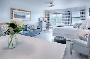 126 S Walton Lakeshore Drive, UNIT 303, Inlet Beach, FL 32461