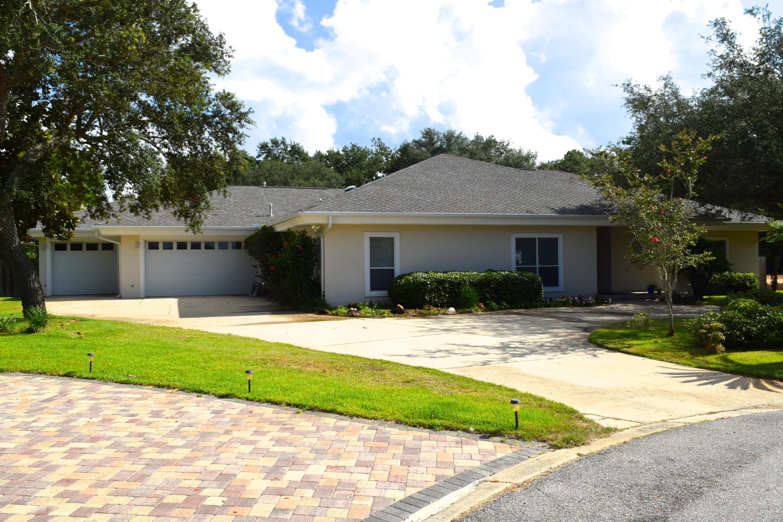 9272 Lilge Circle, Navarre, FL 32566