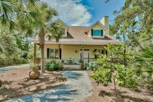 Front of 46 Blue Bayou Drive