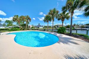 1617 Wahoo Lane, Panama City Beach, FL 32408