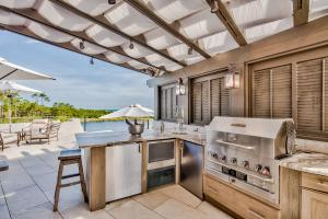 Enjoy the Lake and the Gulf from your out door kitchen