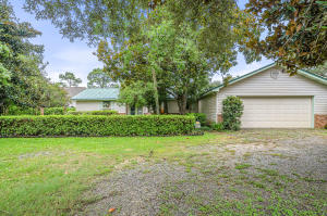 2701 Highway 98, Mary Esther, FL 32569