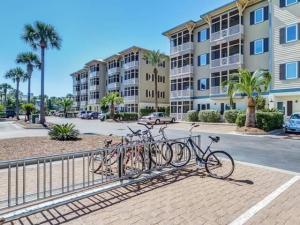 231 Somerset Bridge Road, 2103, Santa Rosa Beach, FL 32459