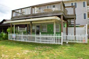 104 El Reposo Place, Panama City Beach, FL 32413