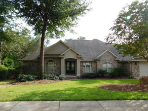 864 Coldwater Creek Circle, Niceville, FL 32578