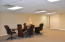 Need to have a meeting? Harbor Landing has a conference table in the common area on Floor 1.