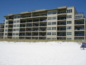 Emerald Towers West Beach Side