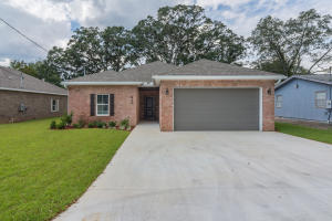 410 Niceville Avenue, Niceville, FL 32578
