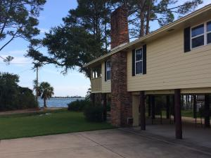 44 SE Bay Drive, Fort Walton Beach, FL 32548