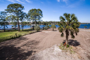 101A Harris Road, Fort Walton Beach, FL 32547