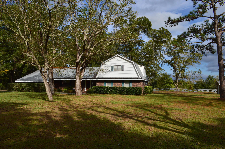 167 Peck Cawthon Road, Defuniak Springs, FL 32435