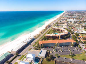 Ciboney Top Floor Unit with Ocean View