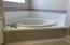 MASTER BATHROOM - GARDEN TUB