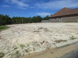 2009 Fontainebleau Court, Navarre, FL 32566
