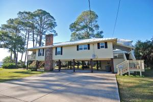 44 SE Bay Drive, Fort Walton Beach, FL 32548