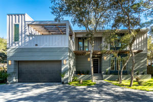 Newly built 5 bedroom home in the coveted Beach Highlands