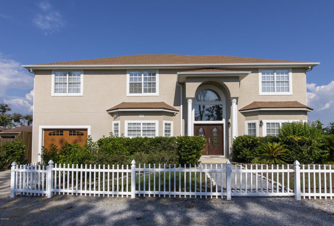 829 N Bay Drive, Lynn Haven, FL 32444