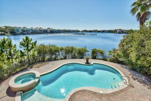 4700 Rendezvous Cove, Destin, FL 32541
