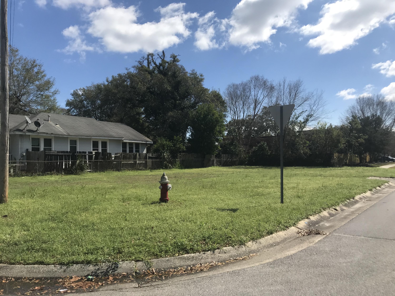 801 E Yonge Street, City of Pensacola, FL 32503