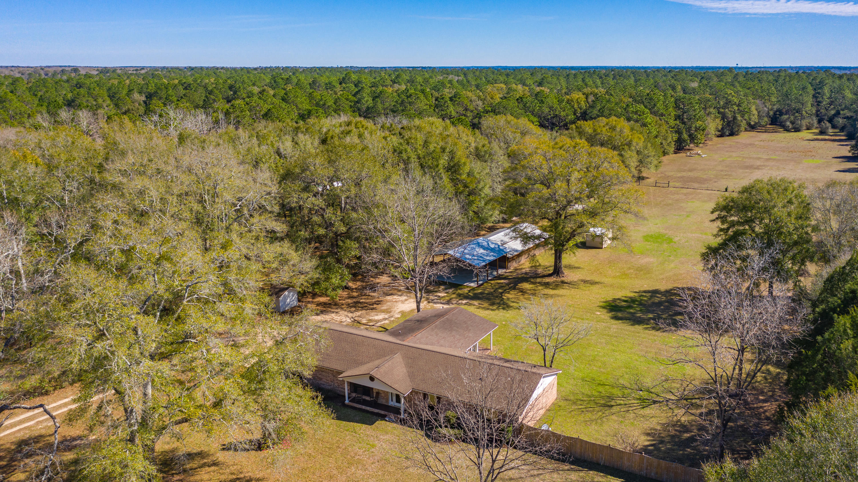 5105 Griffith Mill Road, Holt, FL 32564