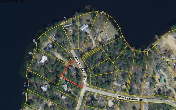 1073 Kings Lake Boulevard, Defuniak Springs, FL 32433
