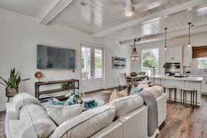 111 Buddy Street, Santa Rosa Beach, FL 32459