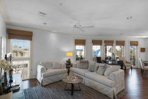 82 S Barrett Square, UNIT 3E, Rosemary Beach, FL 32461