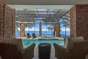 17 SE Bay Drive, Fort Walton Beach, FL 32548