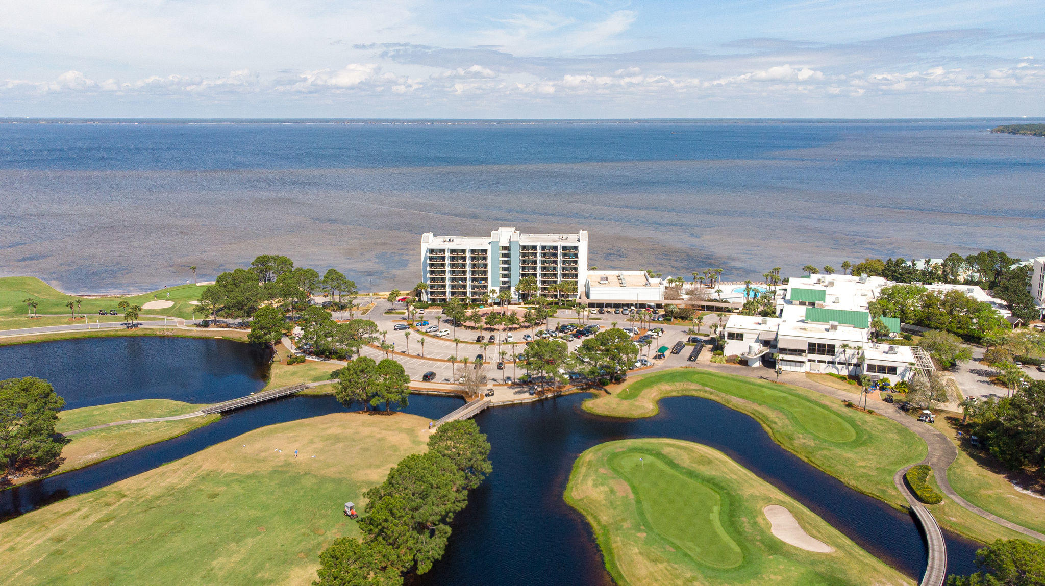 Enjoy resort views from this 7th floor ''A'' rated unit. Nicely updated throughout including a Walk