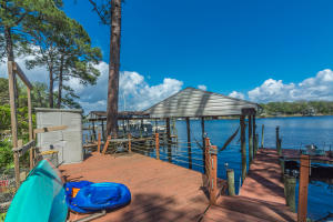 Niceville Waterfront Home