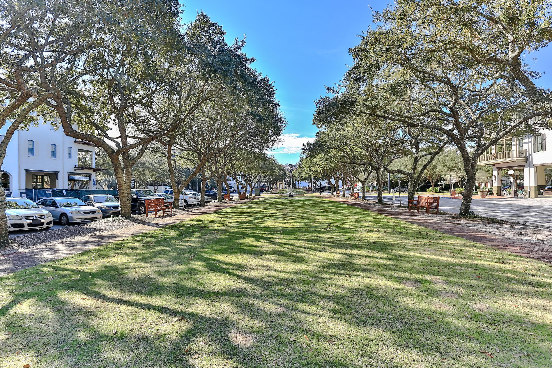 104 Barrett Square   Photo 18