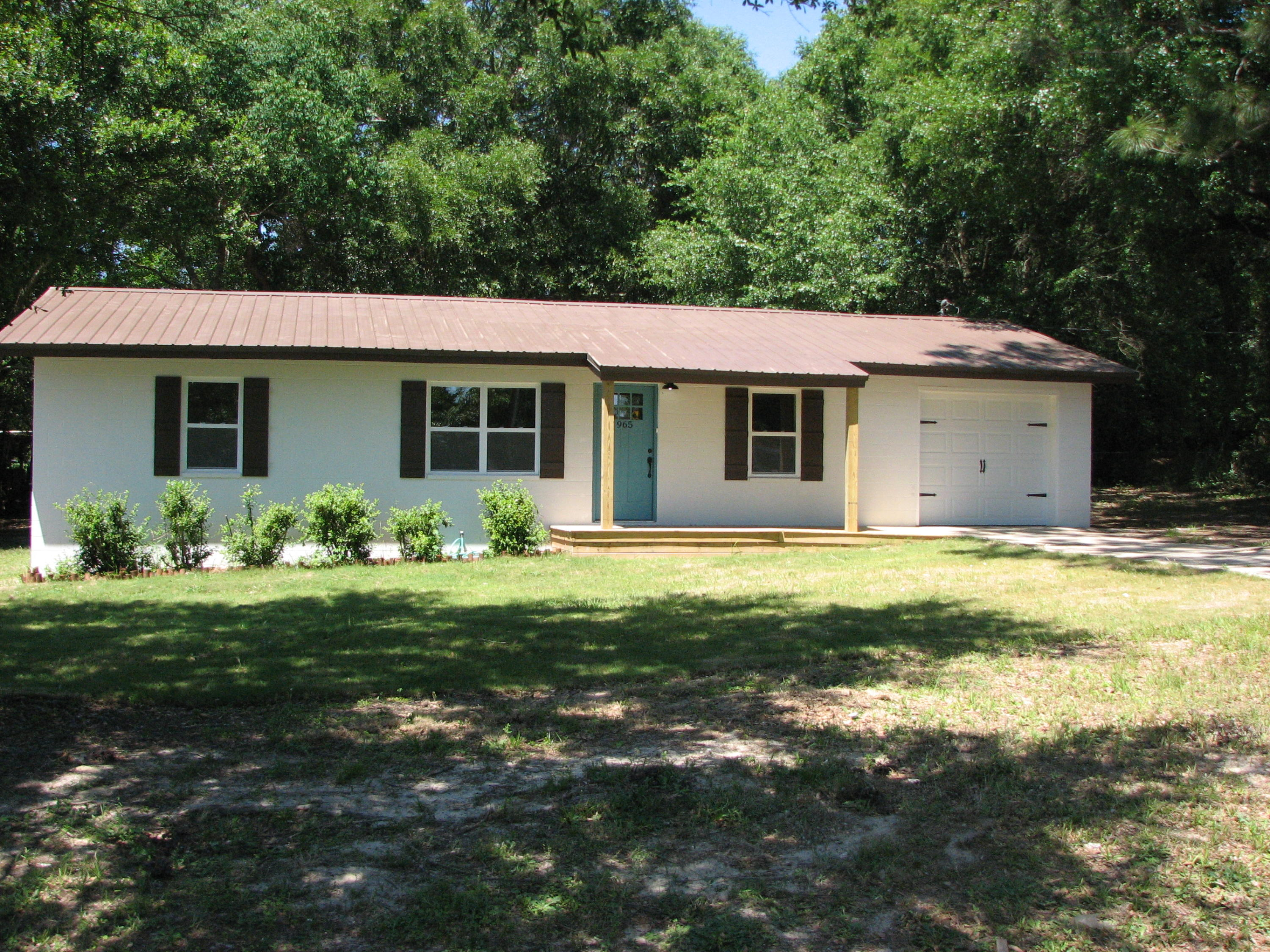 965 Valley Road, Crestview, FL 32539