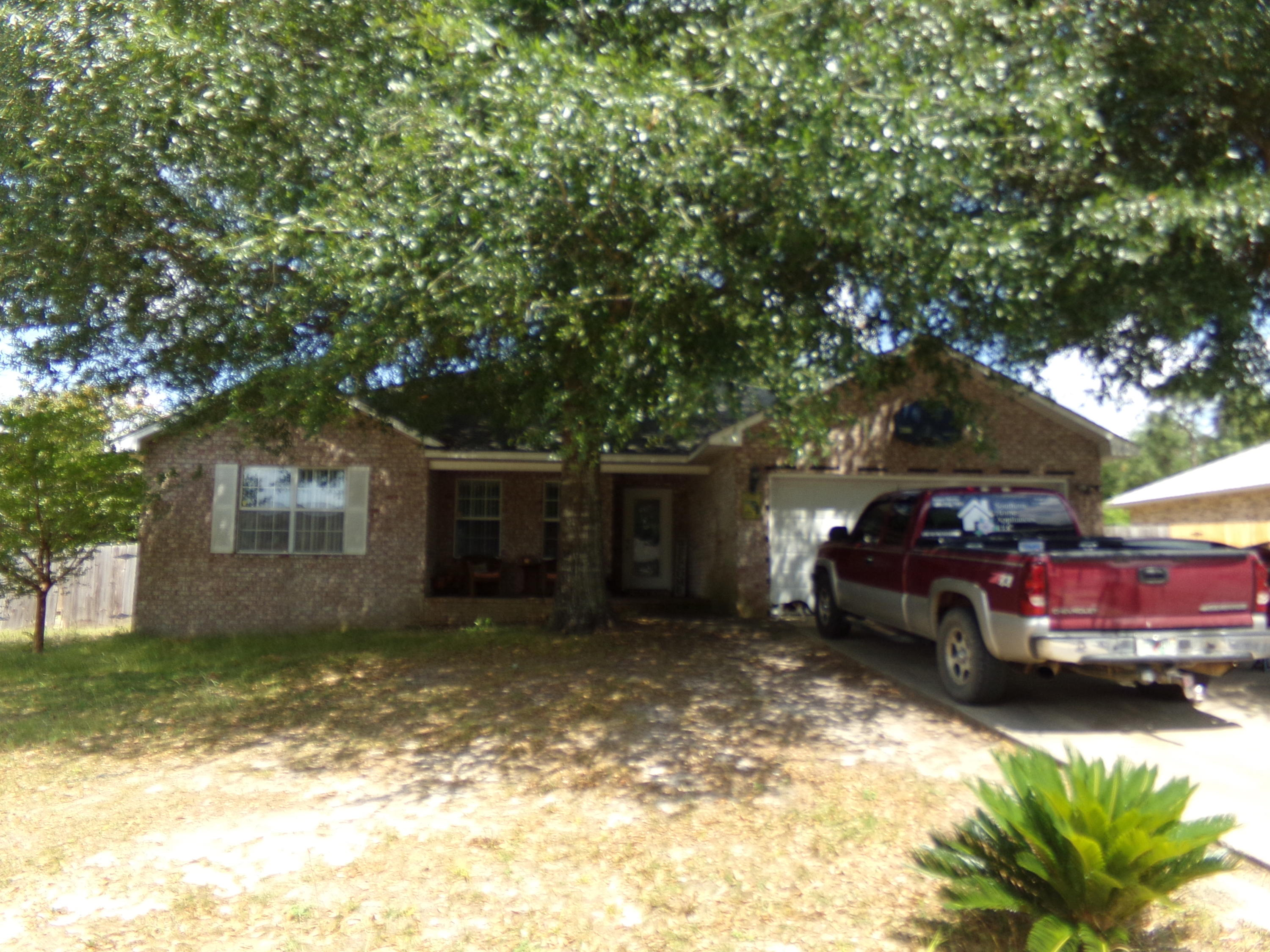 4 Bedroom 2 Bath home on level lot in Old Bethel Estates~  Large great room with open floor plan~  K