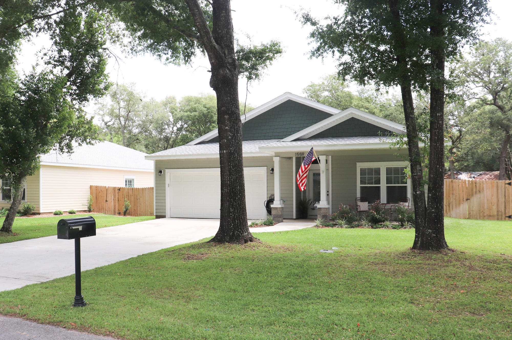 Gorgeous 1-year new 4 bedroom home located convenient to EVERYTHING! Nicevillle school zone,  east e
