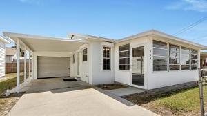 204 Casa Place, West Panama City Beach, FL 32413